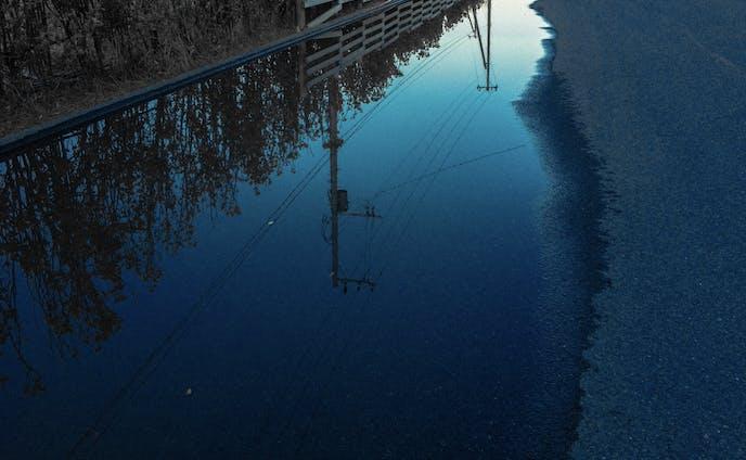Private  Works - 反射する鉄線