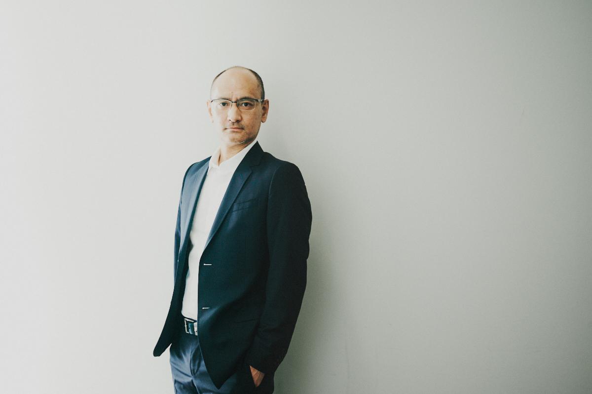 吉田修一が語る、犯罪と文学【後篇】「日本を見れば、ちゃんと世界は見えてくる」