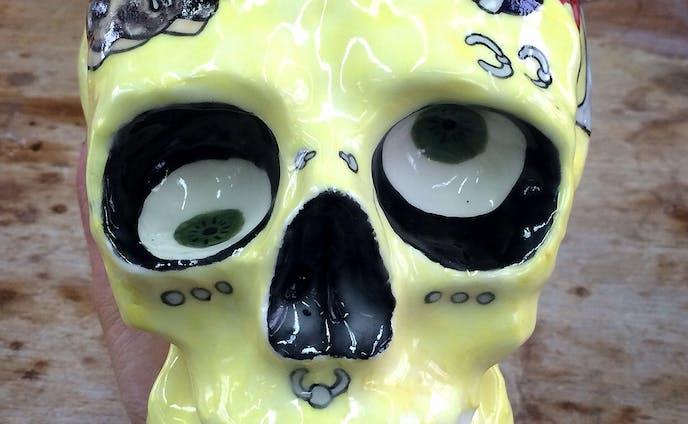 Ceramic skull/パンクスガール