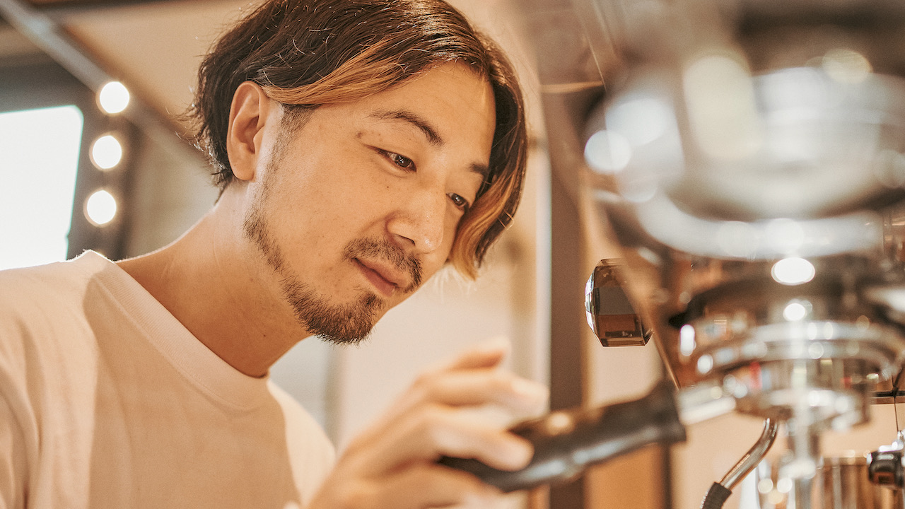 """""""Human interaction gives me a power"""" - A story of a barista who wants to meet his expectation from his surroundings-   IMOM COFFEE ROASTERS   TYPICA"""