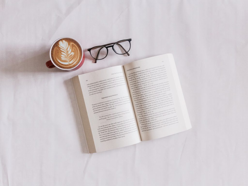 【リライト】本気でWEBライターになりたい人のための「はじめの4冊」(たむらしごと。掲載)