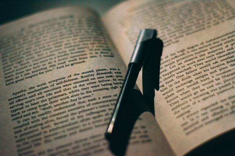 書評の書き方が分からない人必見!上手に書くための3つのポイントを解説