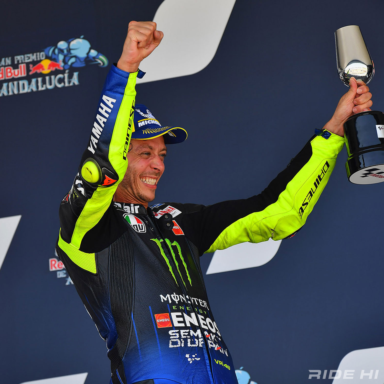 RIDE HI MotoGPコラム Vol.5/バレンティーノ・ロッシが26年間の世界選手権参戦で成したもの。そしてパパに……   RIDE HI(ライドハイ)