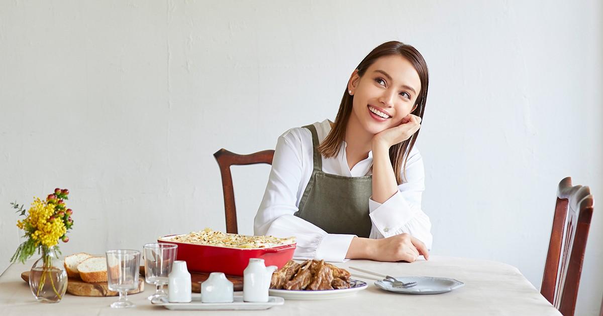 滝沢カレンさん「カレンの台所」インタビュー 料理レシピ本大賞の受賞作「物語を書きたかった」|好書好日